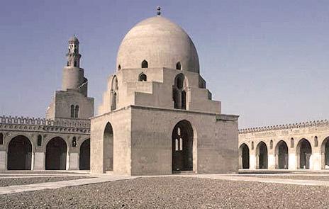 جامع أحمد بن طولون بالقاهرة